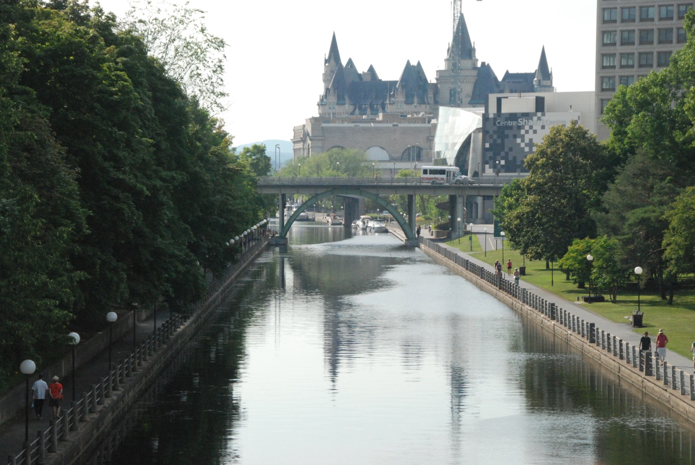 rideau canal. Black Bedroom Furniture Sets. Home Design Ideas